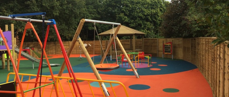 "This portfolio page illustrates a variety of playground installations carried out by Groundplay Limited, at various locations across the UK. *Please note that some of the photographs may show the project still ""Under Construction"". This is to give you an idea of how the process works and does not reflect[...]"